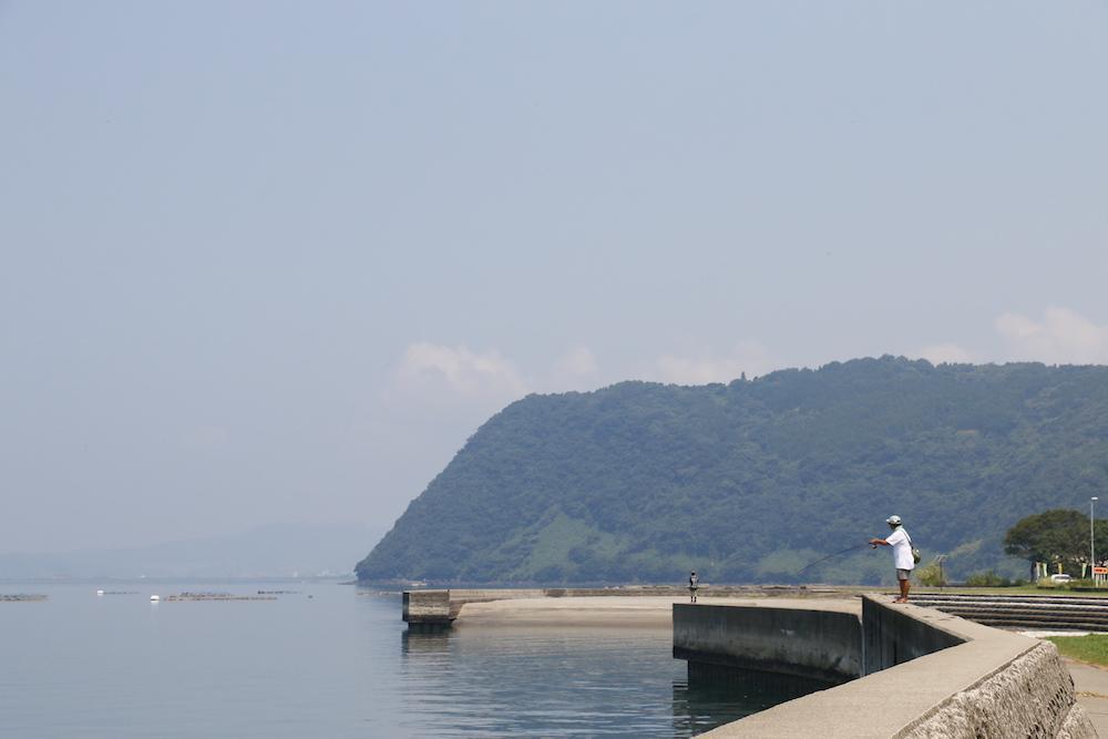 釣り人が訪れる