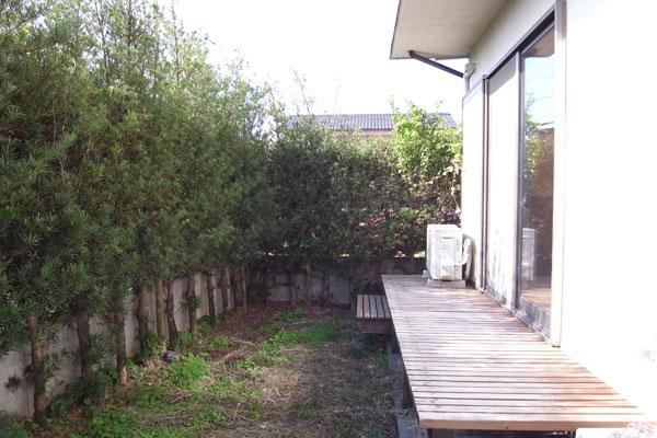 デッキスペースと専用庭