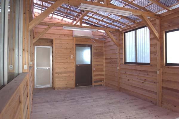 木張りのスペース