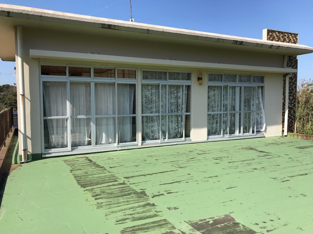 2階テラスと居住部分