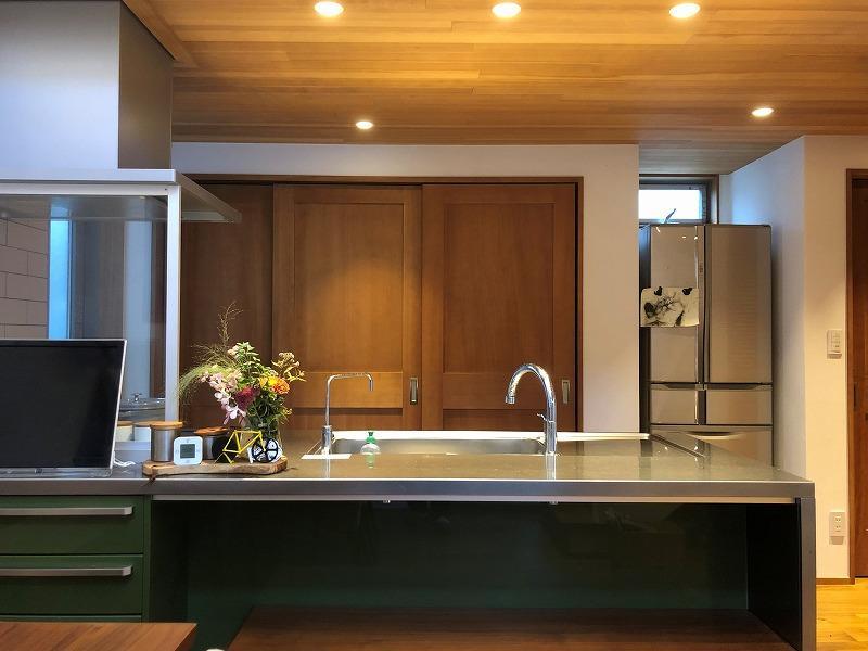こんなのキッチンに立ち、何かつくりたくなっちゃいますよ。