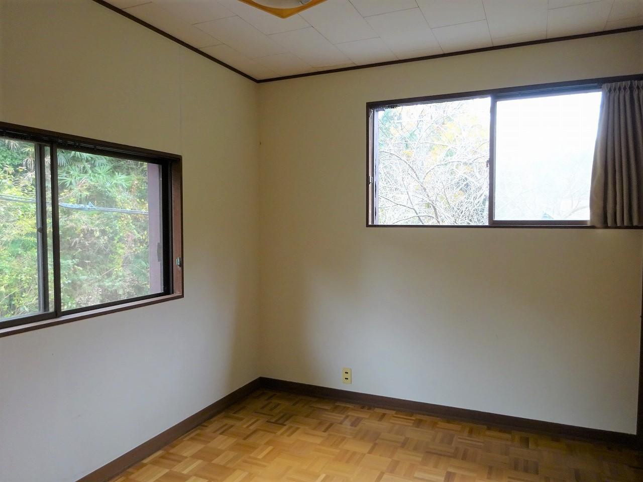 2階北東側洋室6帖間①