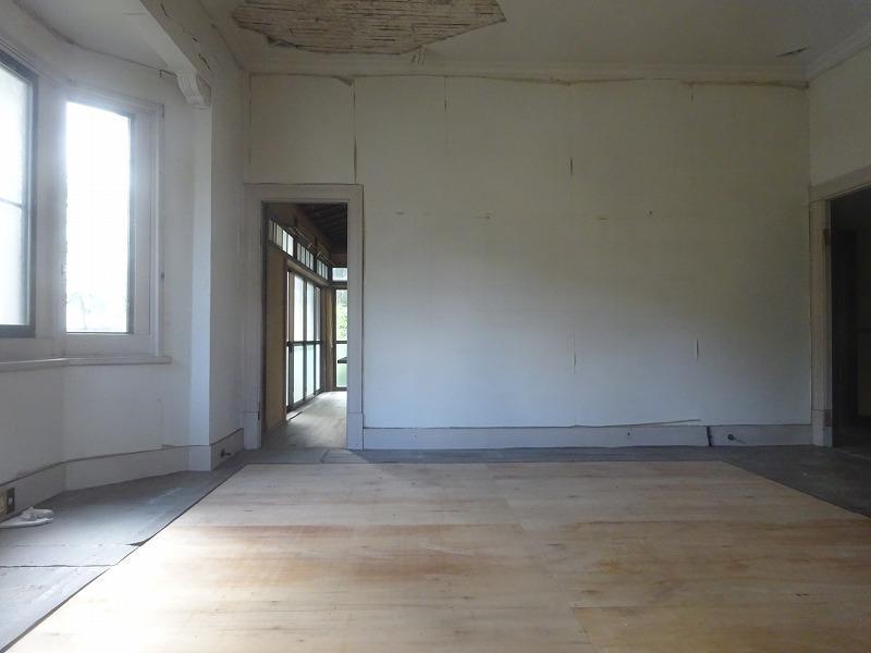 奥戸建て 洋室