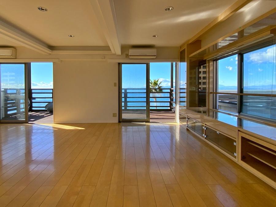 4階LDK 窓からは海しか見えないしあわせ