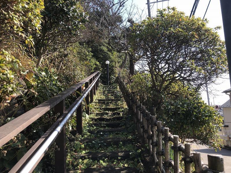 階段は大小合わせて90段くらい