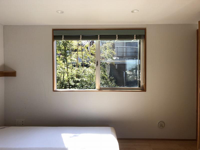 居室は南側です。写真は2月に撮影しましたが日当たり良好です。