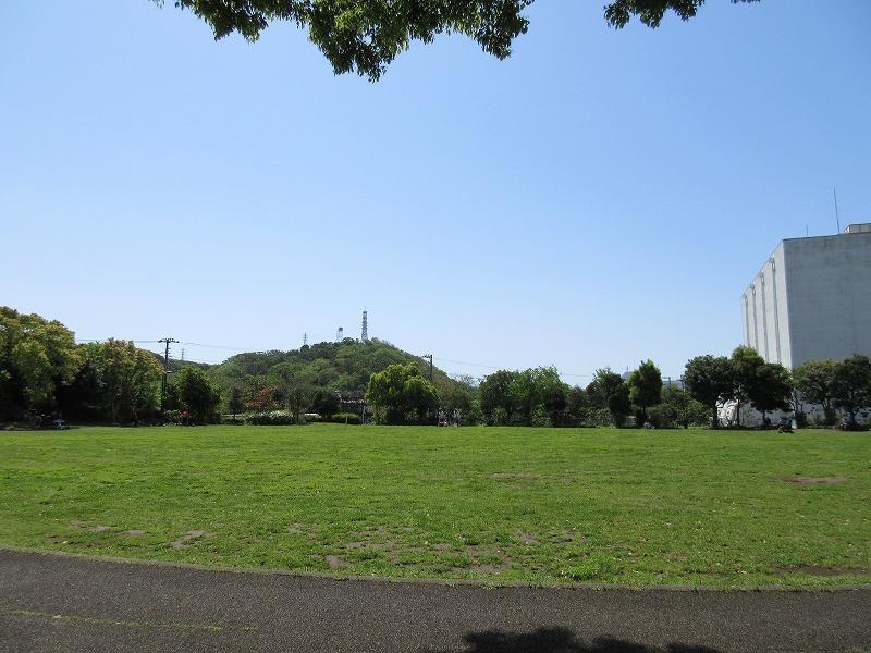 周辺|奥田公園で散歩しよう。公共施設も充実