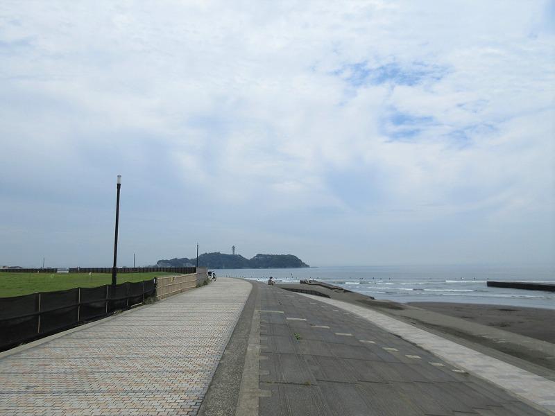 周辺|鵠沼海岸はすぐそこ