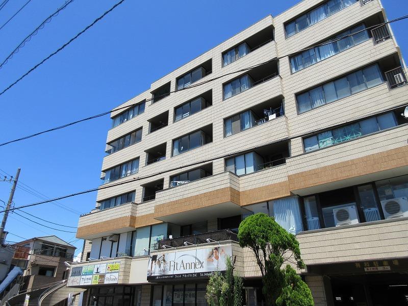 逗子駅徒歩3分のマンションです