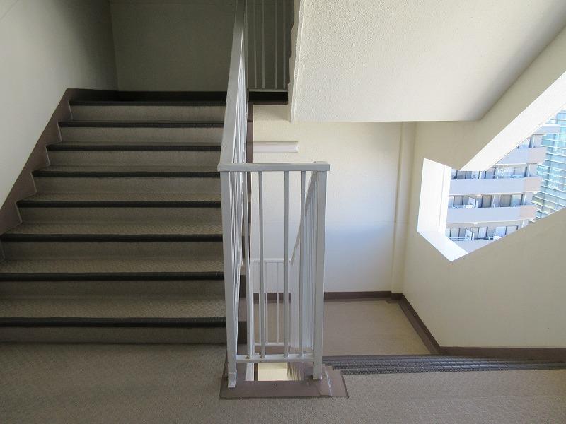 階段部分もレトロ