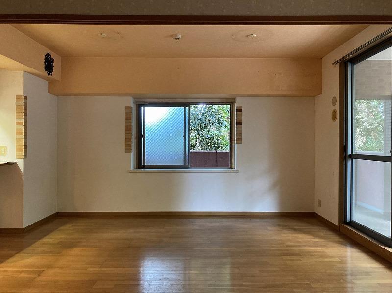 角部屋ならでは2面採光です。