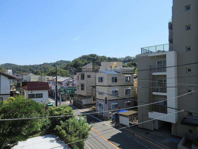 3階からの眺望。緑が視界に入ってくる気持ちよさ
