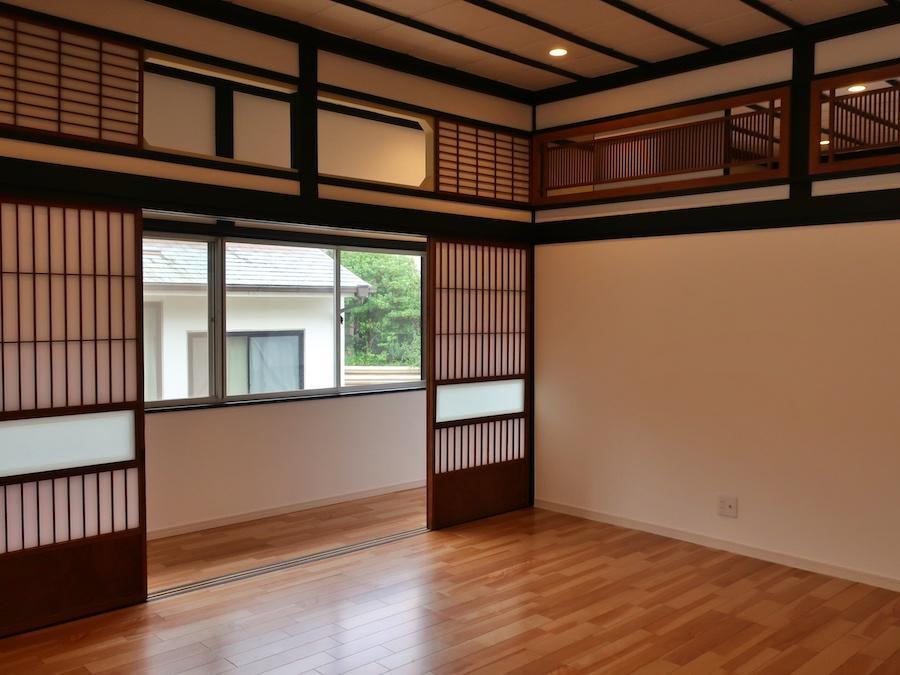 2階 欄間や建具が立派な和室を板間に変更