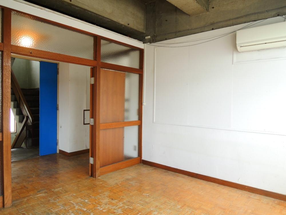 2階 約5帖の個室スペース完備