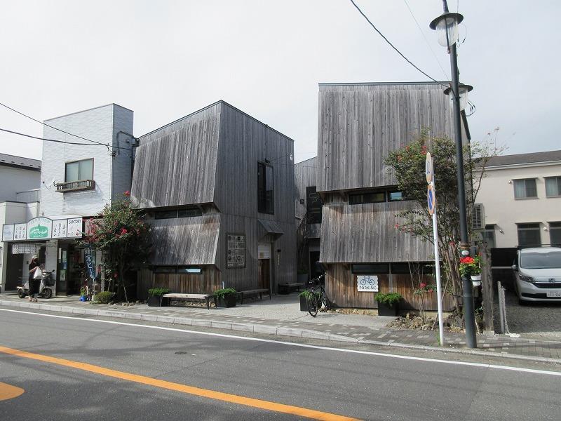 エイジングにより、建物の存在感がまちに馴染んでいきます