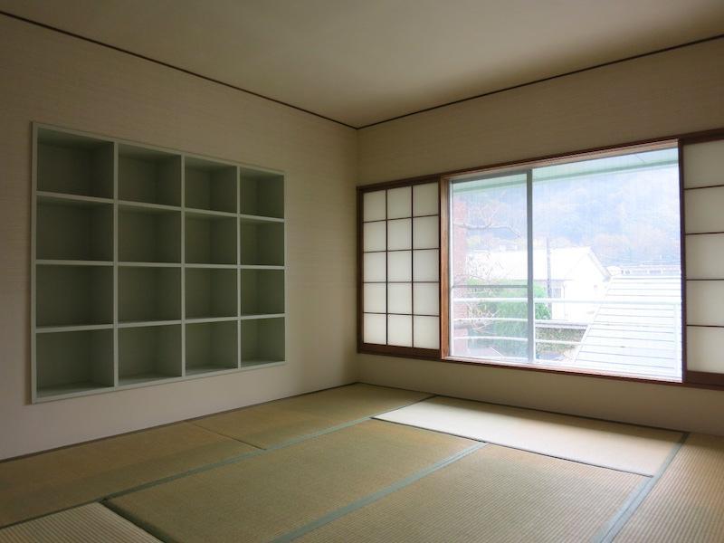 2F和室|埋め込みの棚にも意匠を感じる