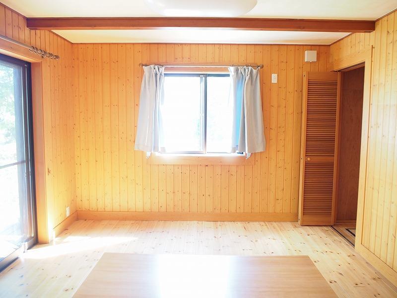 リビング横の個室