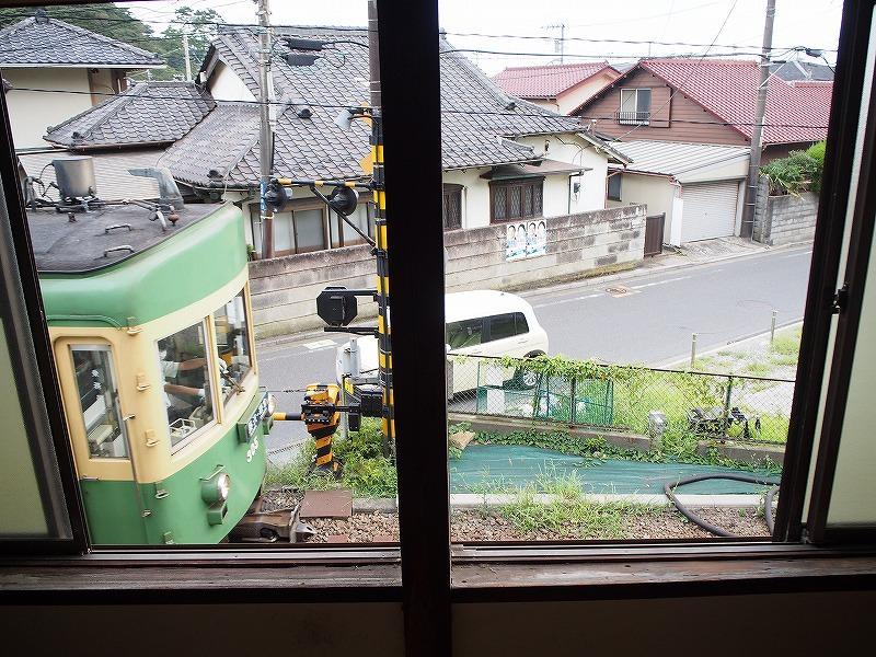 2階からの江ノ電