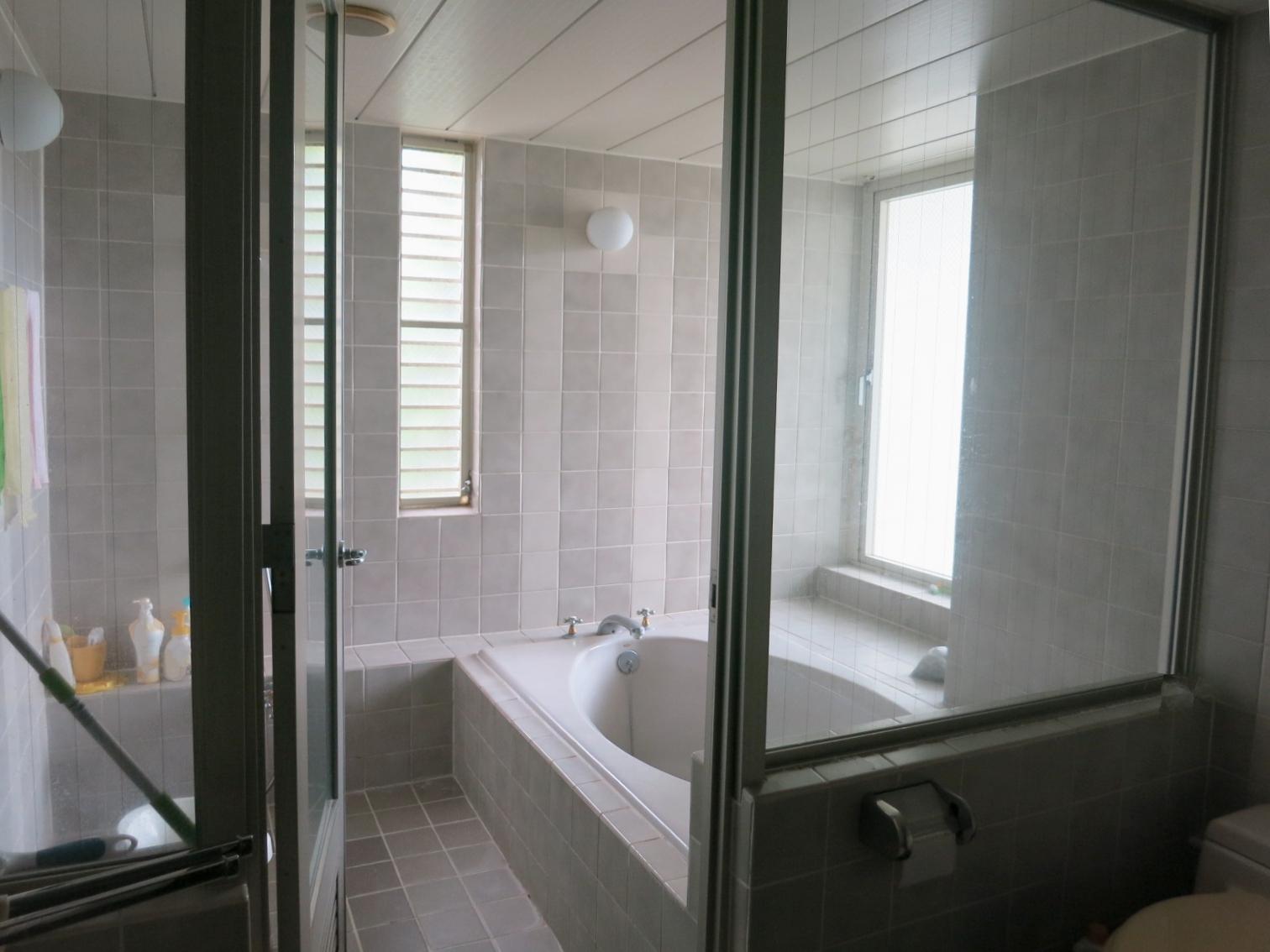 バスルーム。とにかく大きい。トイレは2か所