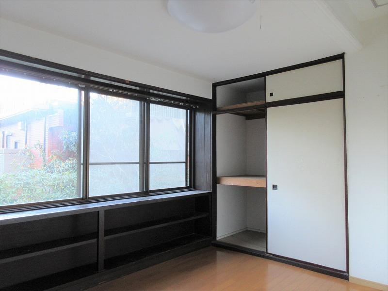 もともと事務所スペースだった部屋