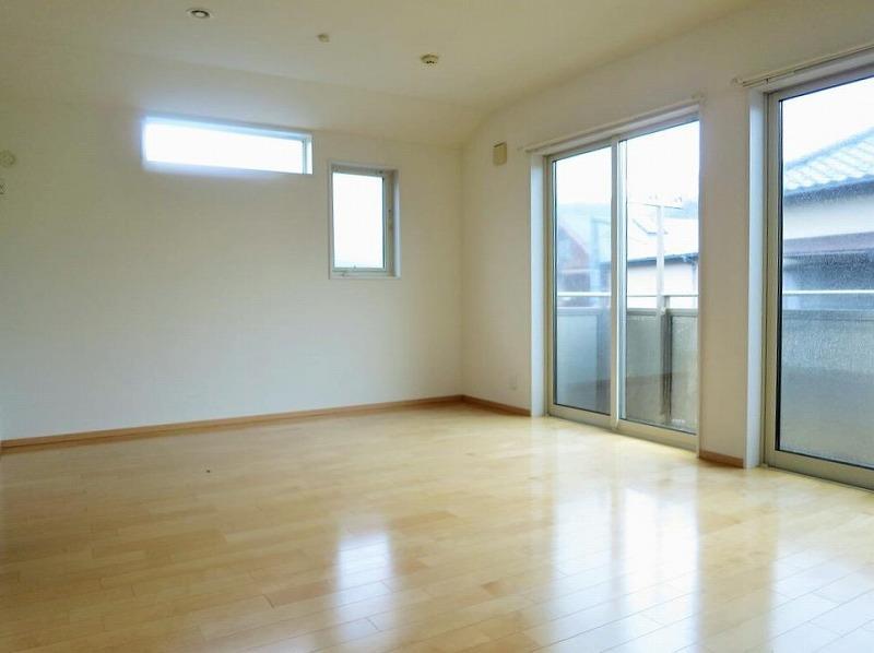 2階の南の洋室(オーナーの購入当時の写真です)