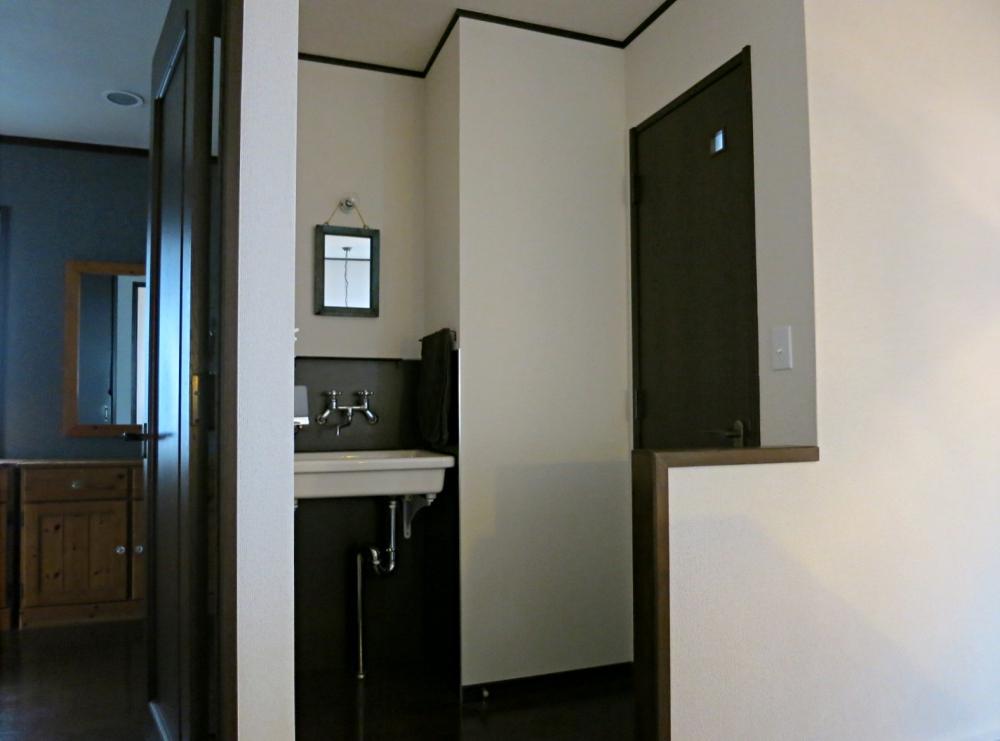 2階にも1階と同等の洗面トイレがあります。