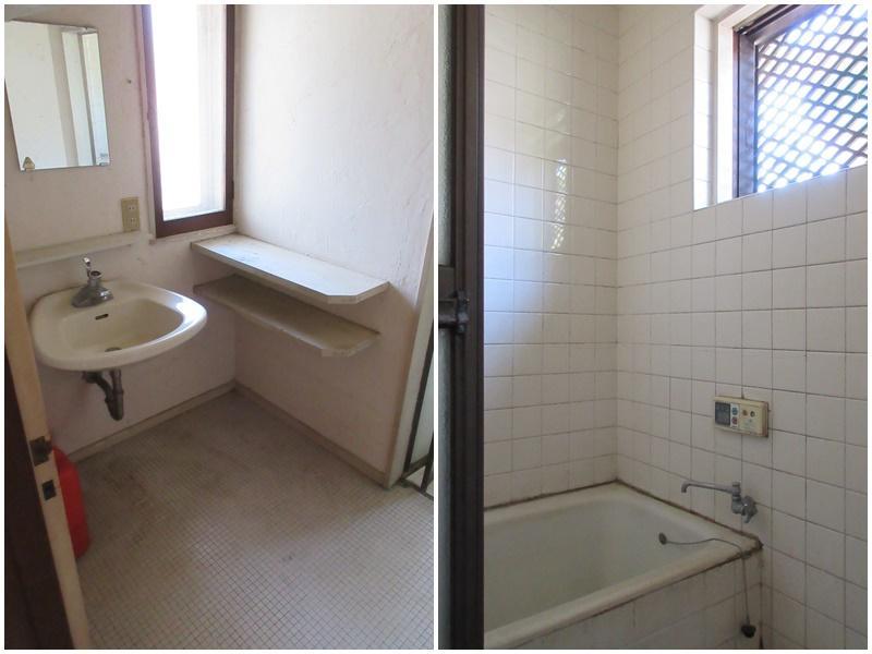 寝室の方の洗面|浴室は古いタイル張りのもの