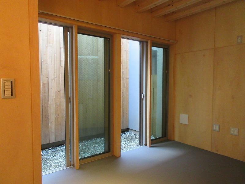 A1|1階の奥の部分に箱庭みたいなスペース