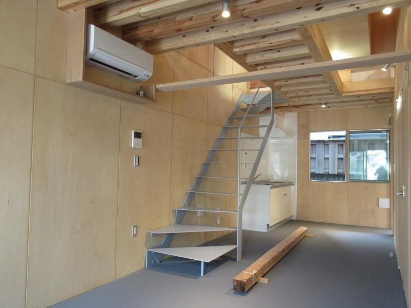 A3|1階奥にキッチンがある