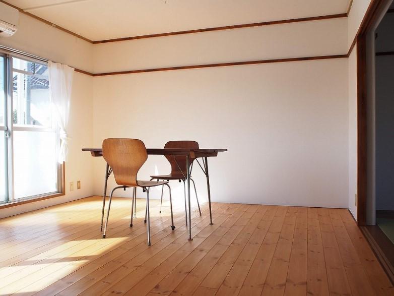 102号室 素敵なペンダントライトを下げて空間を作りたい。