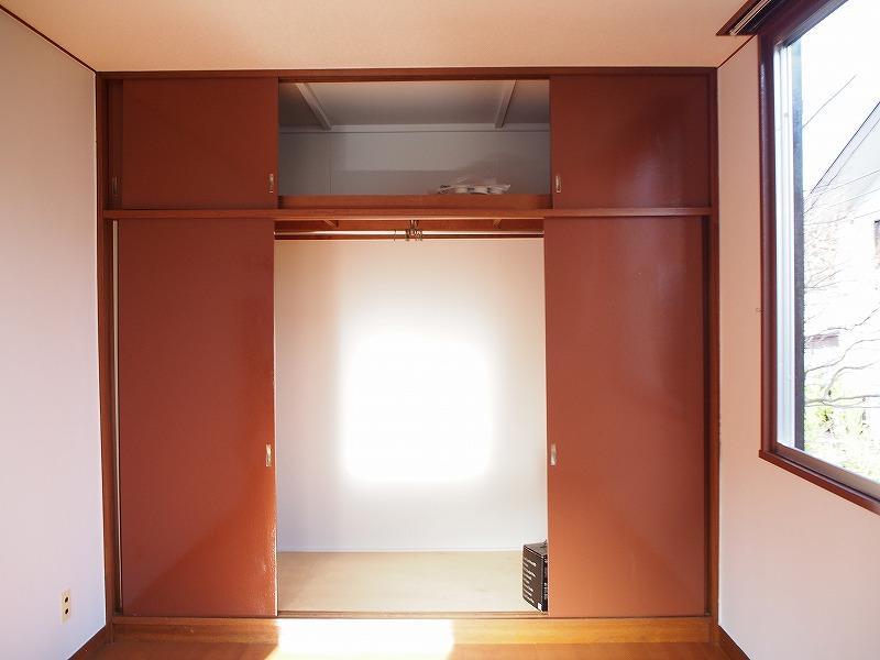 個室は両方収納あります。