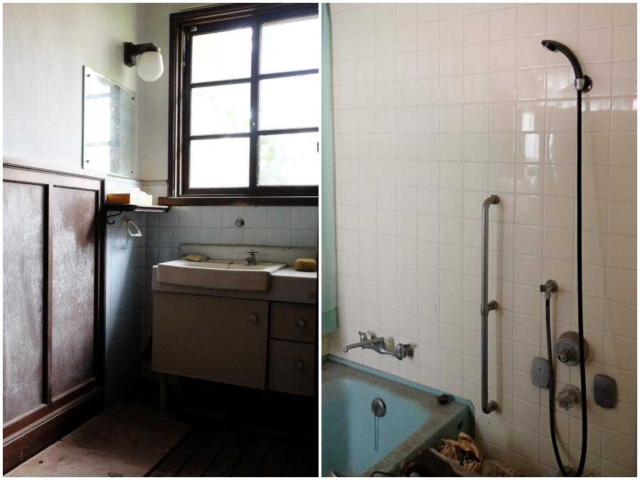 1階|廊下つきあたりの洗面所。女中室が浴室になっています。