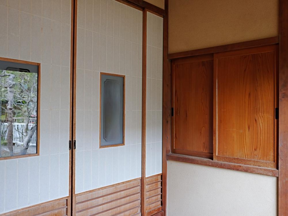 大玄関。お客様を迎える玄関として。