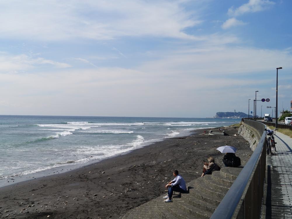 海まで歩いて3分ほど。