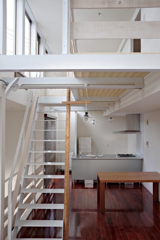 2階がLDK。間仕切りはなく全方位から光がたっぷり