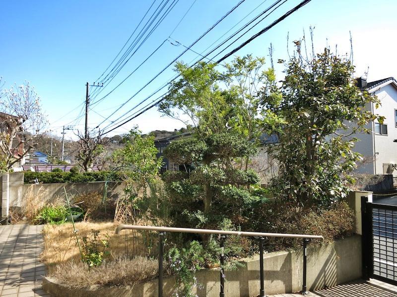 敷地内には駐車場の他に庭も計画できます