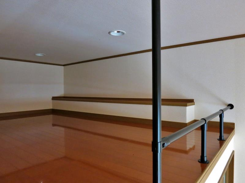 103号室ロフト|高さは低いですが結構広い