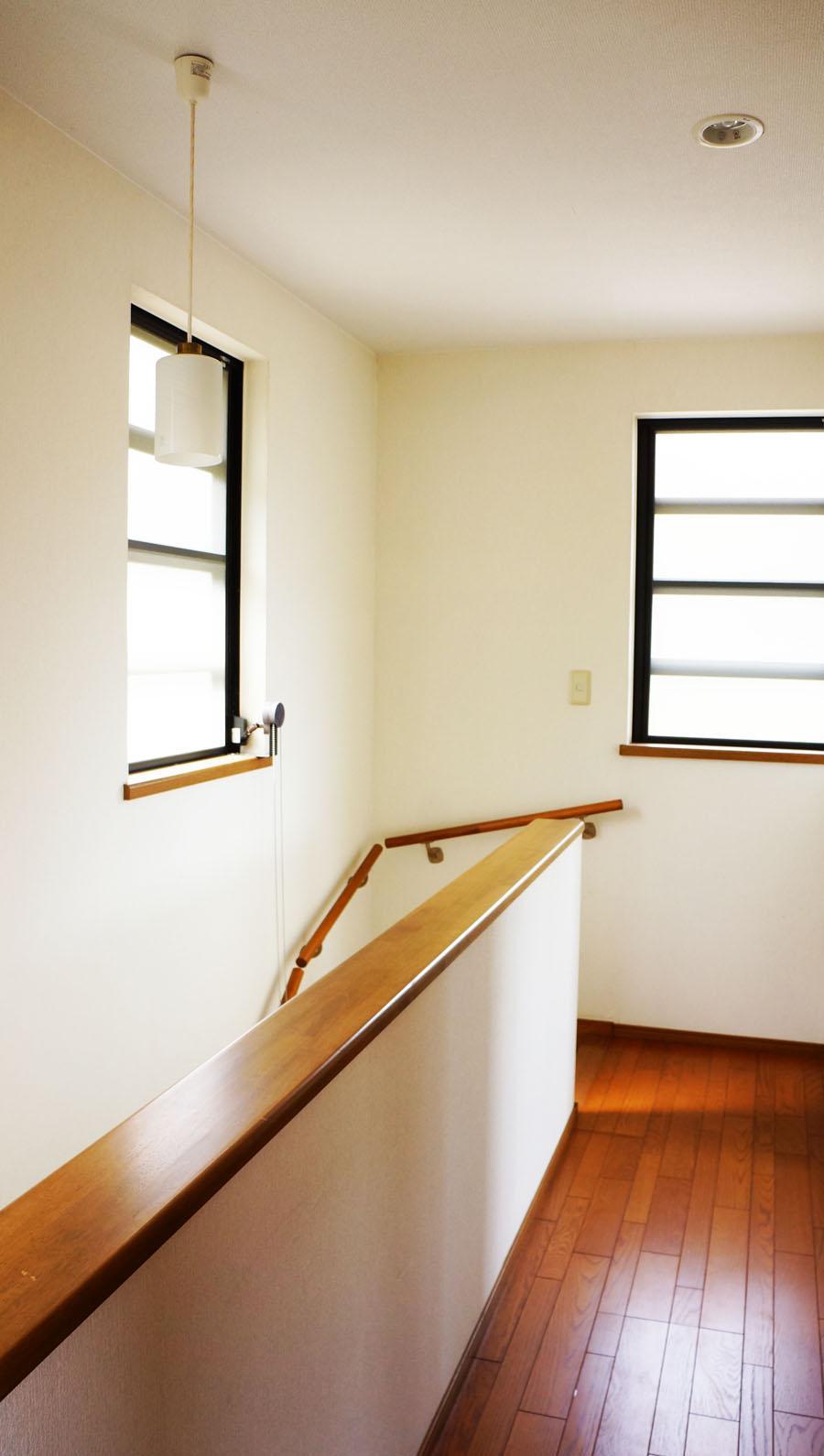 2階の廊下・階段部分。