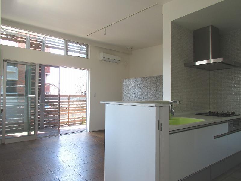C区画|3階のキッチンとリビング