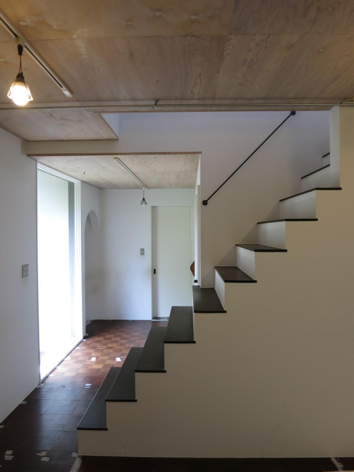 階段はシャキッと。