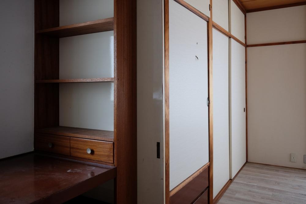 2階|元和室を洋室に改装した6畳とその前室3畳