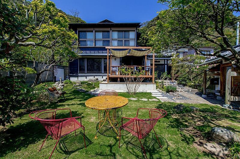 緑多き、鎌倉の住宅。ここでのんびりと過ごす