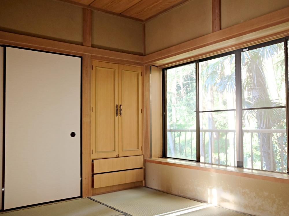 2階山側の和室。