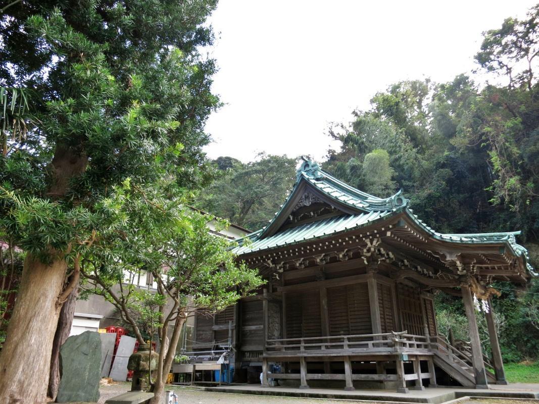 熊野神社と呼ぶと思ってましたが、熊野新宮が正しいようです