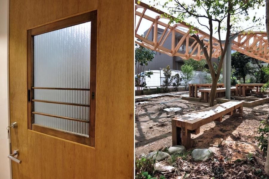 2階への扉は古材をリメイク|解体で出た柱でつくられたベンチ