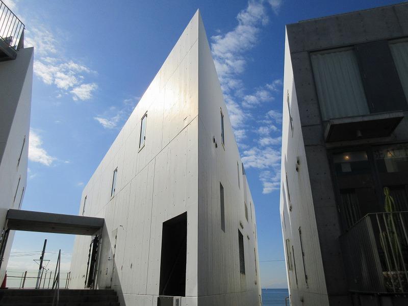 七里ガ浜を代表する建物のひとつ