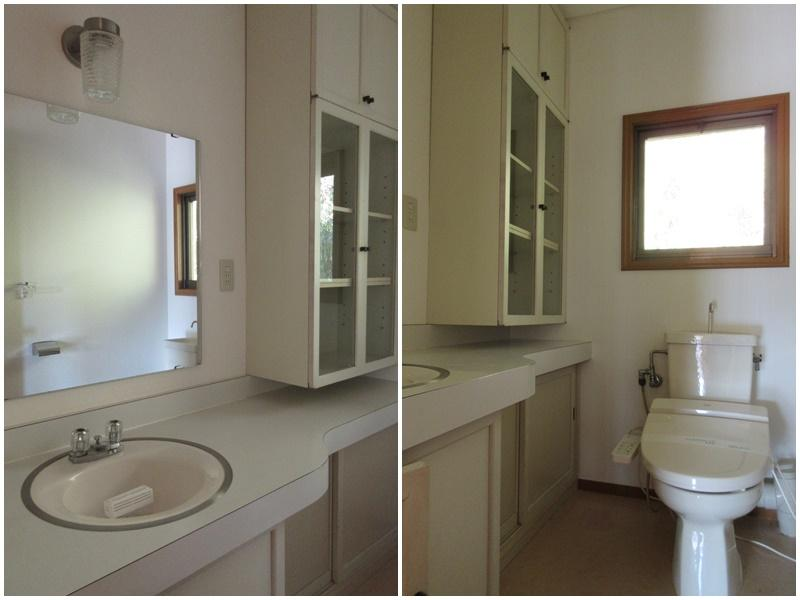 2階のトイレ、洗面と一体