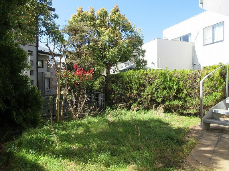 庭はいろいろ楽しめそうな広さ