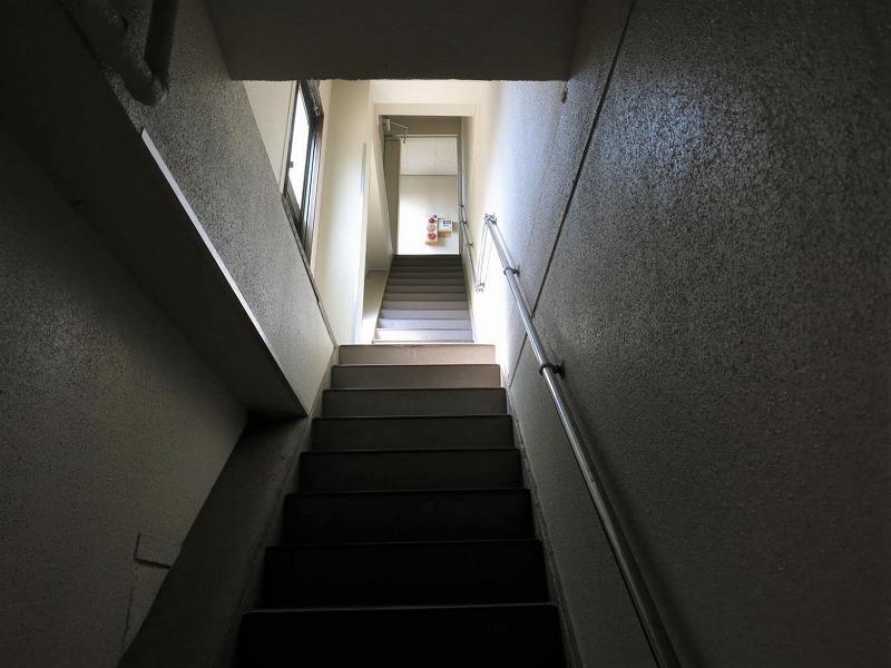 再びジャンク。階段がいい感じです
