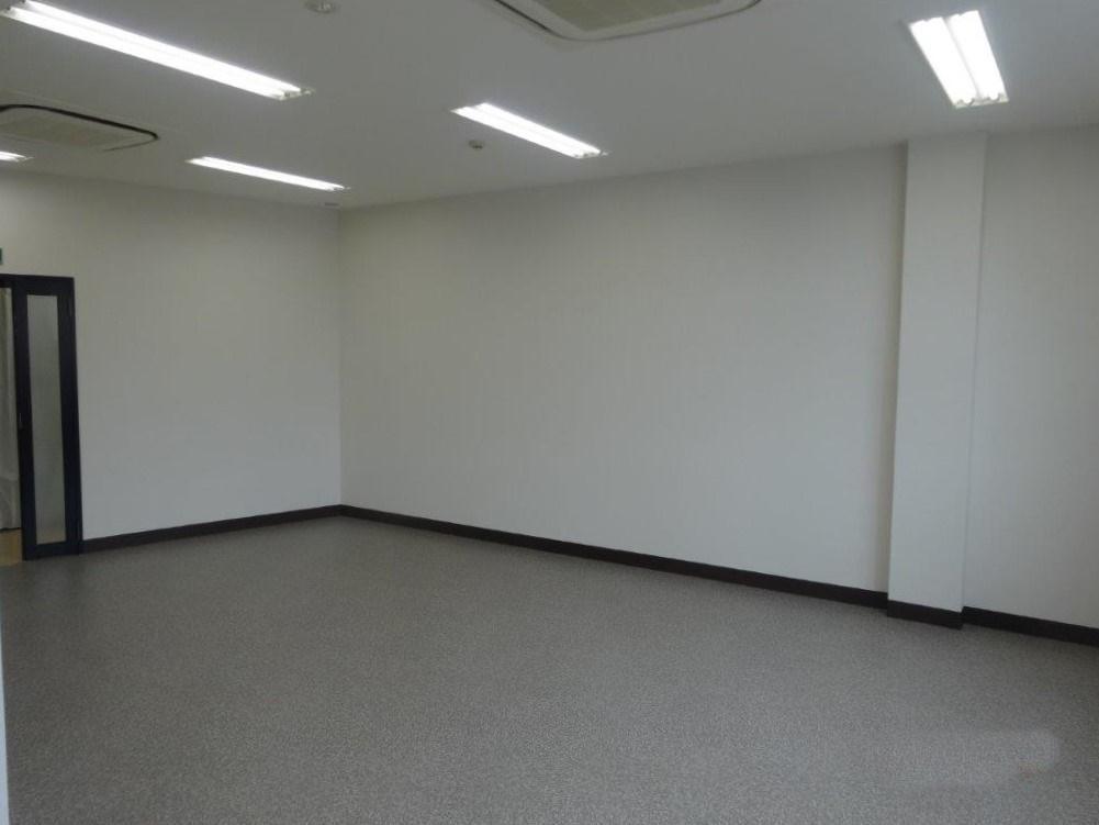 201号室|事務所感があります